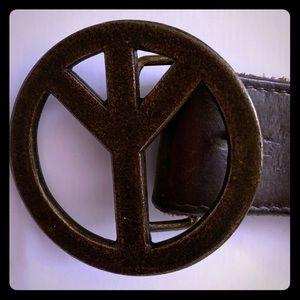 Vintage peace sign belt  ✌️